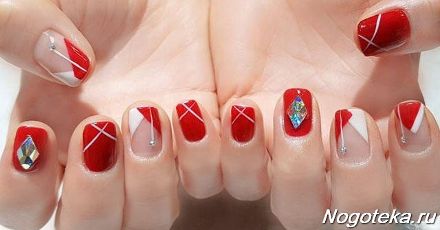 Эльбрус с красными ногтями