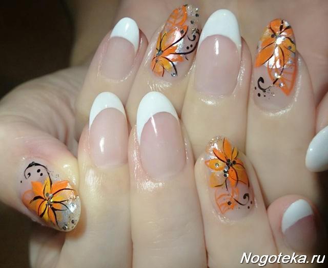 Белый френч с цветами